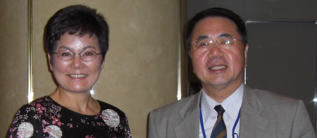 Dr. Song Young-Sun (l) and Mr. Takashi Tsuchiya (r)