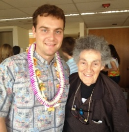 Micah Fisher recieves the Ann Dunham Soetor scholarship from Dunham's UH graduate Anthropology advisor, Alice Dewey
